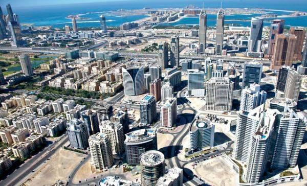 الإمارات: الإيرادات الضريبية ستنوع الدخل وتدعم موازنة الدولة