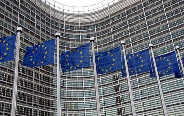 """المفوضية الأوروبية تباشر بالتحقيق مع """"غوغل"""" و""""فيسبوك"""" يتعلق باستخدام البيانات"""