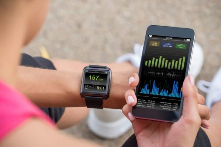 أدوات اللياقة تواجه مشكلة في تعقب معدل ضربات القلب لذوي البشرة الداكنة