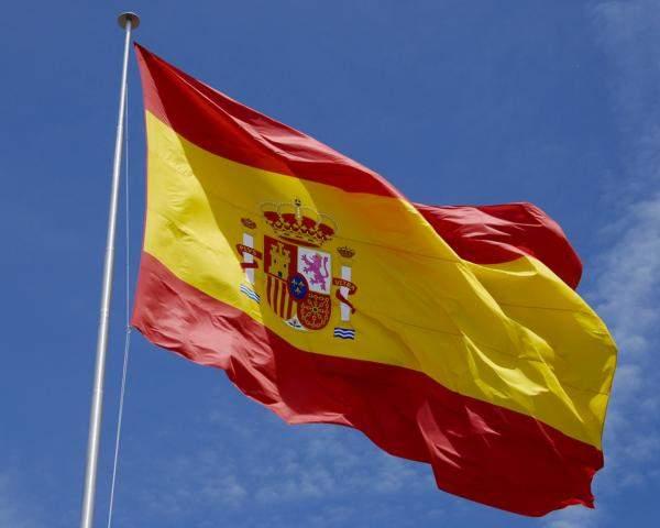 إسبانياتعزل مئات السياح في فندق بسبب كورونا