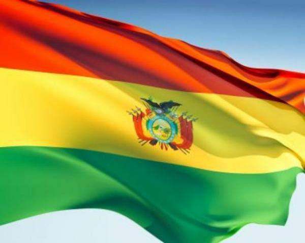 بوليفيا: إقالة وزير الصحة إثر توقيفه بقضية فساد تتعلق بصفقة أجهزة تنفس إصطناعي