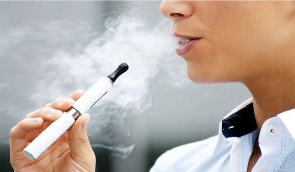 بنغلادش ستفرض حظرا على السجائر الإلكترونية