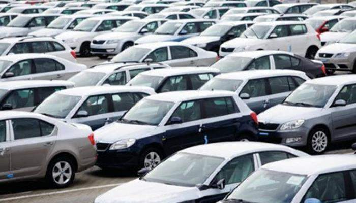 كاليفورنيا تمنع بيع السيارات العاملة بالبنزين بحلول عام 2035