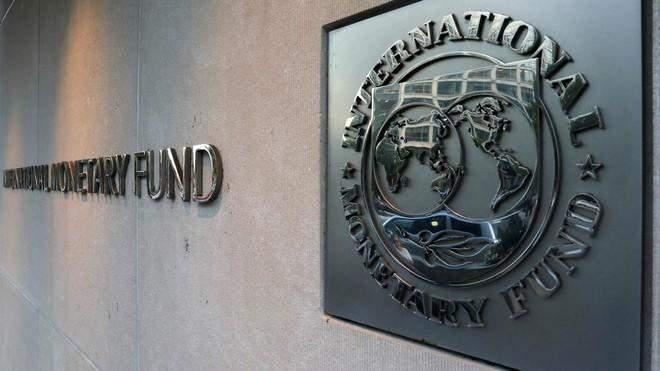 """صندوق النقد: تلقيح أعداد كبيرة من البشر ضد """"كورونا"""" يزيد النمو الإقتصادي العالمي"""