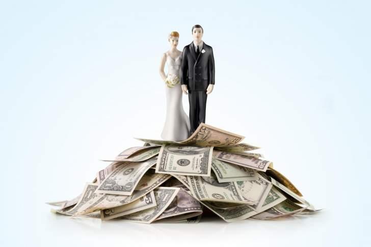 7 أسئلة مالية لا بد أن تطرحها على خطيبتك أو خطيبك قبل الزواج!