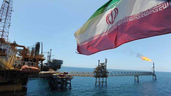 تسنيم: إيران تكمل بناء خط أنابيب يتجاوز مضيق هرمز لتصدير النفط