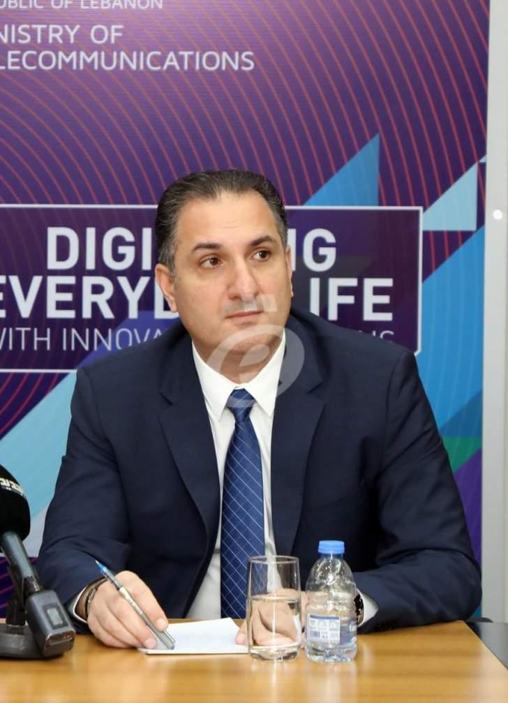 وزير الإتصالات يعلن إسترداد قطاع الخلوي إلى كنف الدولة ويهنىء الشعب