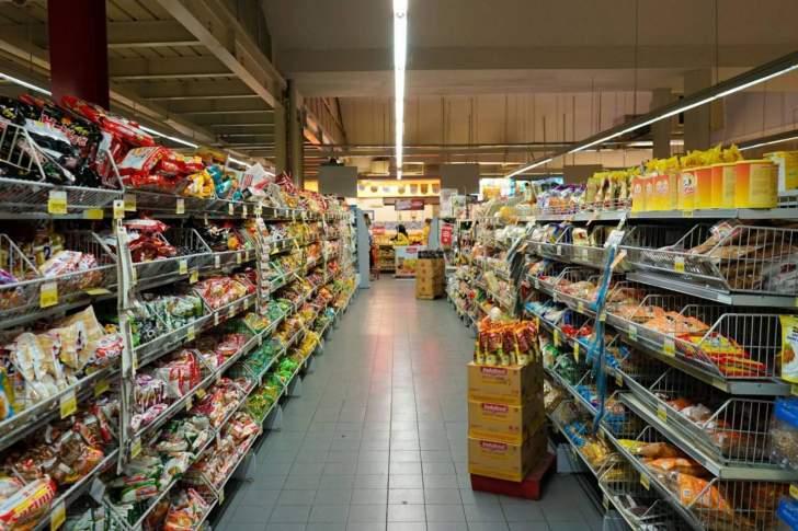 نقابة مستوردي المواد الغذائية: الكميات في المخازن تكفي البلد لمدة شهرين على الأقل