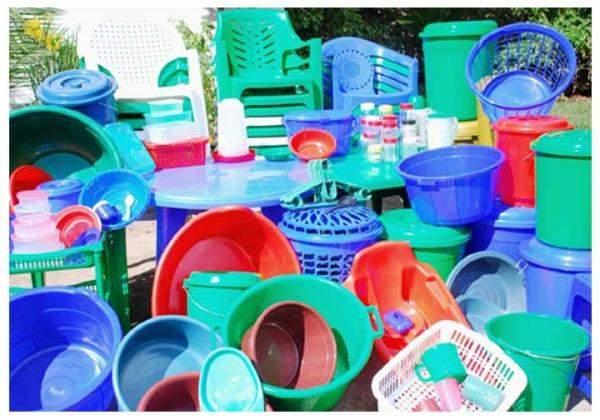 الأميركيون يستهلكون أكثر من 70 ألف جسيم من البلاستيك سنويا