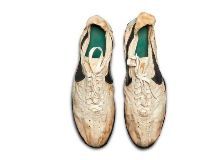مزاد علني للأحذية الرياضية النادرة في العالم... وأحدها بـ160 ألف دولار