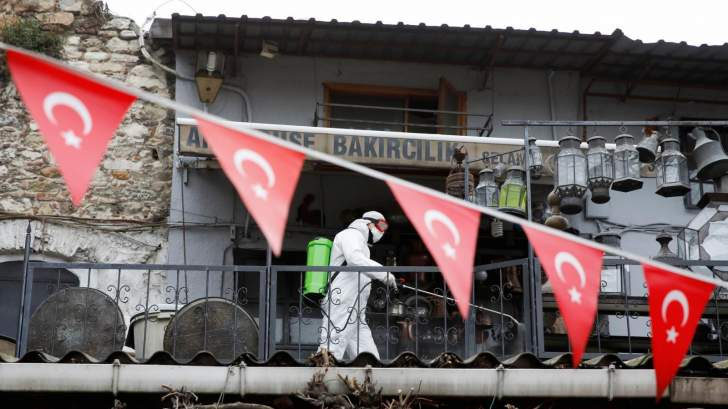 الاقتصاد التركي ينمو بمعدل 4.5 % في الربع الأول