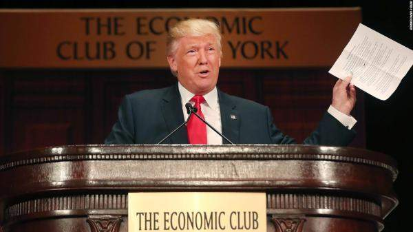 ترامب يتهم روسيا والصين بالتلاعب بالعملات بعد رفع واشنطن سعر الفائدة
