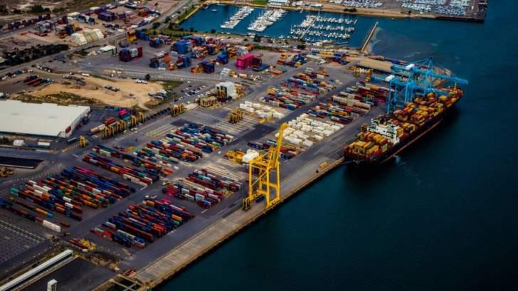 """قطاع النقل البحري يسدد فاتورة باهظة مع انتشار """"كورونا"""""""