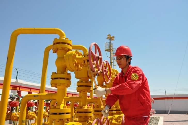 واردات النفط الصينية ترتفع 4% بفضل الطلب القوي على الوقود
