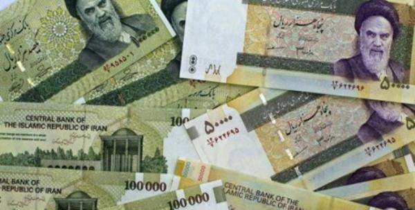 العملة الإيرانية تواصل إنهيارها والدولار تجاوز 300 ألف ريال إيراني اليوم