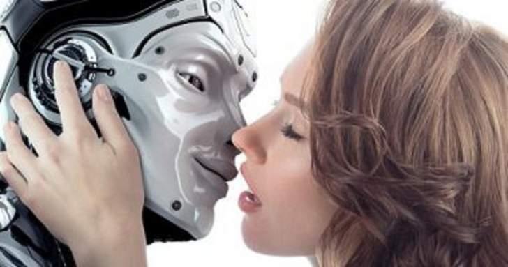 توقعات بحدوث علاقات رومانسية مع الروبوتات عام 2050