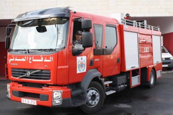الدفاع المدني سيطر على الحريق الذي إندلع في مرفأ بيروت