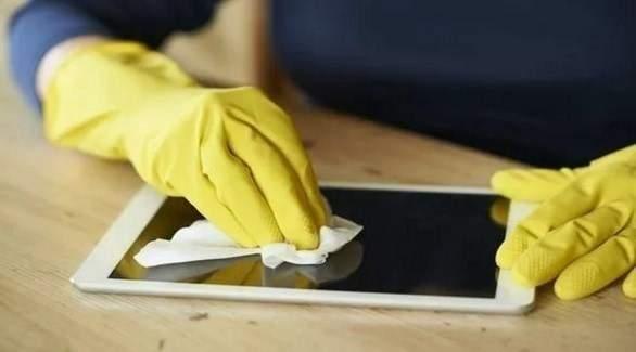 ما هي أفضل وسيلة لتنظيف الجهاز اللوحي؟