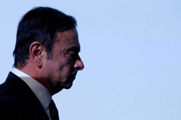 """كبير المسؤولين التنفيذيين في """"نيسان"""" يستقيل من منصبه مع توسيع التحقيق بشأن غصن"""