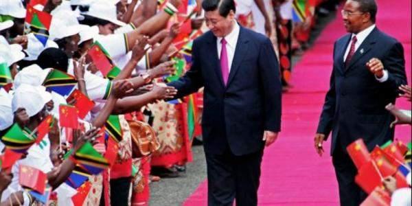 التوغل الصيني في افريقيا... تعاون مثمر ام حقبة جديدة من الاستعمار الاقتصادي ؟