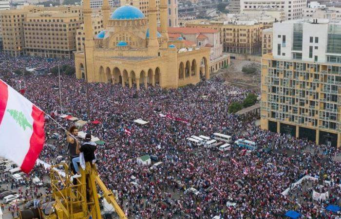 في دراسة لمجموعة من الخبراء والباحثين: لبنان بحاجة إلى سنوات للتعافي الإقتصادي