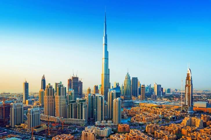 إقتصاد الإمارات إنكمش 6.1% العام الماضي
