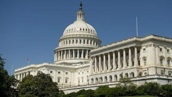 مكتب الموازنة: عجز الموازنة الأميركية سيتراجع لـ2.3 تريليون دولار في 2021