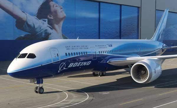 """صحيفة: """"بوينغ"""" توقف تسليم طائرات """"737 ماكس"""""""