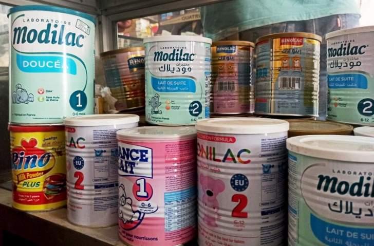 مراقبو وزارة الاقتصاد يداهمون مستودعات على صلة بحليب الأطفال المفقود