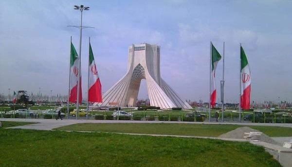 إيران: تصدیر نحو 11 ملیار دولار من المنتجات البتروكیمیاویة