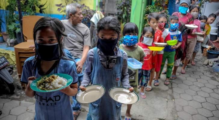 """""""كورونا"""" يرمي الفقراء في حفرة الفقر المدقع"""