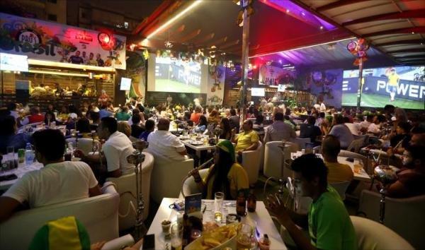 المقاهي والمطاعم في المونديال .. حركة جيّدة وقدرة شرائية محدودة !!