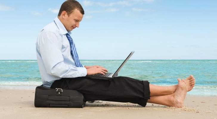 10 حيل لكي تعود الى جوّ العمل بعد العطلة!