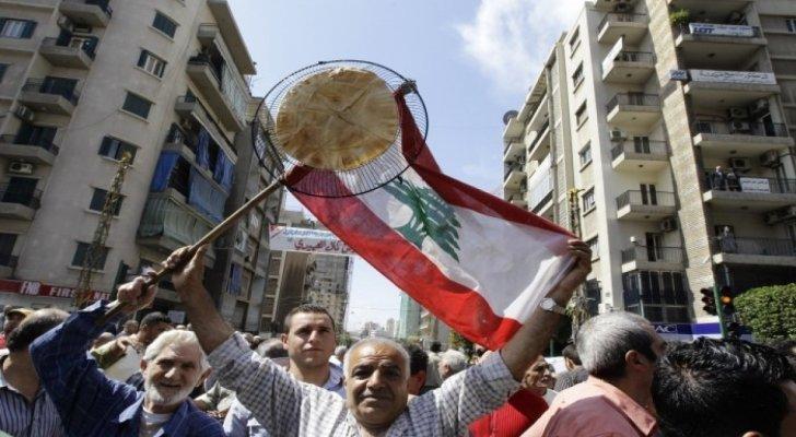 """لبنان """"يعوم"""" على سطح بحر من الأزمات.. و""""البنك الدولي"""" يكشف """"المستور"""""""